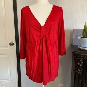 LANE BRYANT red pleated 3/4 sleeves size 14/16